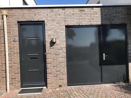 schilderwerk deuren en kozijnen woonhuis